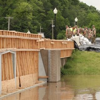 Missouri National Guard works to sandbag flood waters in Hannibal, May 29, 2019